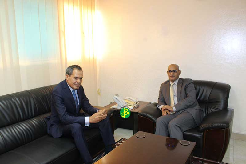 Le ministre des pêches et de l'économie maritime s'entretient avec l'ambassadeur du Maroc
