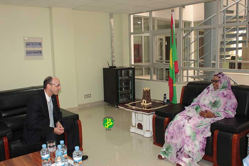 La ministre du Commerce reçoit une délégation de l'ONUDI