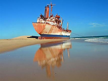 Nouadhibou : Immobilisation du bateau accusé d'avoir tué quatre pêcheurs à bord d'une pirogue en haute mer