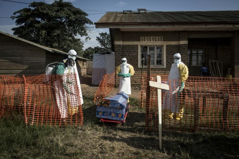 Ebola en RDC: le bilan monte à 49 morts et 2.000 personnes suivies