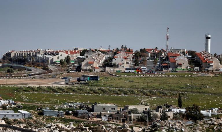 Israël autorise plus de 1.000 logements de colons en Cisjordanie (ONG)