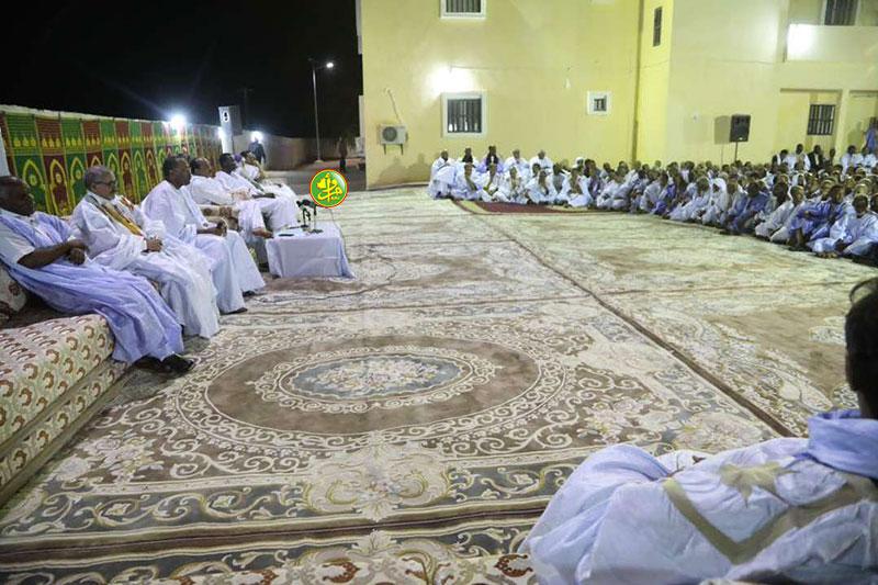 Le Président de la République se réunit avec les cadres de la wilaya de l'Adrar