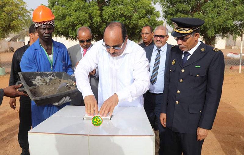 Le Président de la République pose la première pierre d'une nouvelle mosquée à Zouerate
