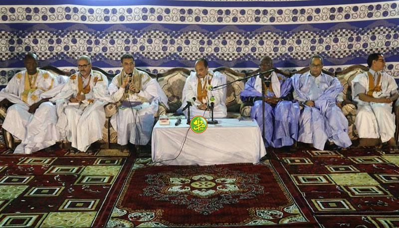 Le Président de la République préside une réunion des cadres de la wilaya de Dakhlet Nouadhibou