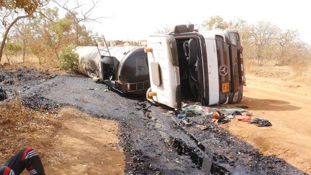 La chute d'un camion ferme la route de djouk depuis hier