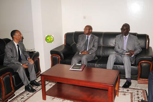 Le ministre chargé des Finances reçoit le représentant du FMI