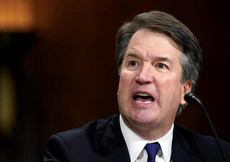 Le juge et son accusatrice, chacun sa vérité devant l'Amérique