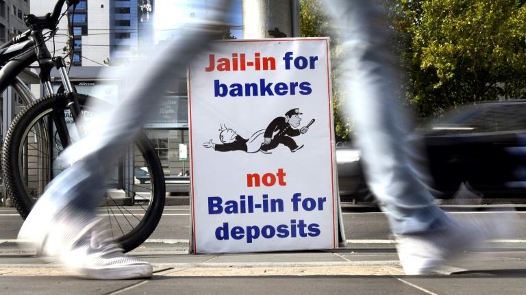 """Les banques australiennes éreintées pour leur """"cupidité"""" et des pratiques malhonnêtes"""