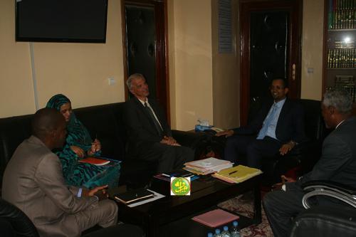 Le ministre des Affaires islamiques reçoit le représentant du Fonds des Nations Unies pour l'Enfance