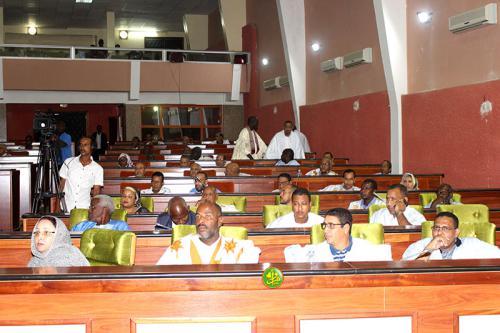 L'Assemblée nationale élit ses vice-présidents et son questeur