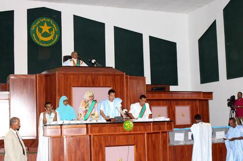 L'Assemblée nationale élit ses secrétaires et le rapporteur général de son budget
