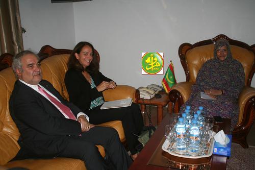 La ministre de l'agriculture s'entretient avec la directrice régionale chargée de l'agriculture à la Banque Mondiale