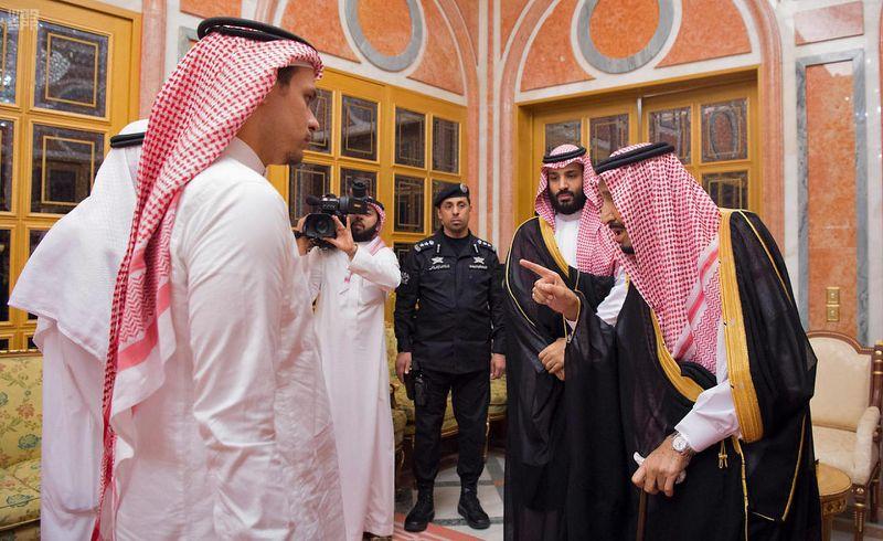 Le fils du journaliste tué Jamal Khashoggi quitte l'Arabie saoudite