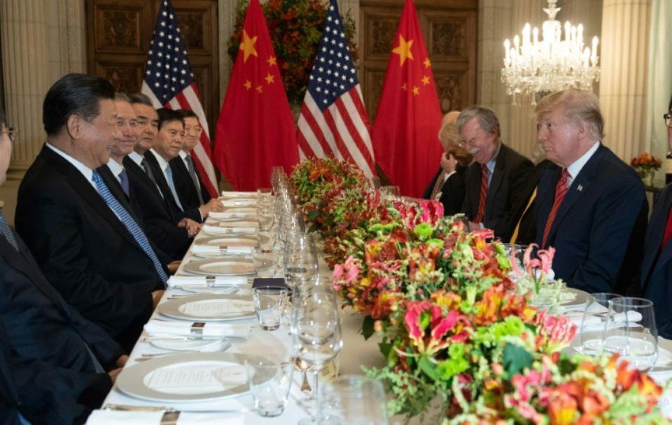 Commerce: la Chine et les Etats-Unis concluent une trêve mais des obstacles demeurent