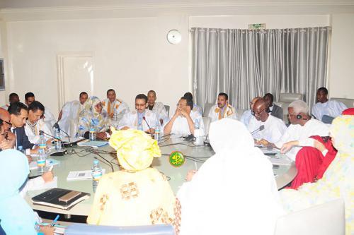 La commission des finances discute le projet de budget de l'Assemblée Nationale