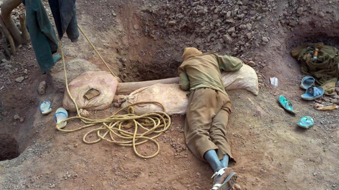 Tiris-Zemmour : Départ du 1er contingent des prospecteurs de l'or