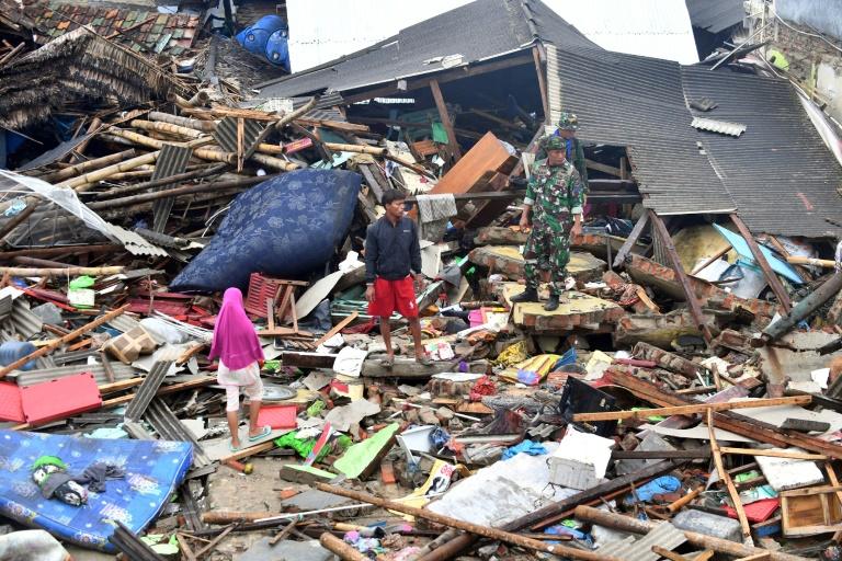 En Indonésie, le choix cornélien de certaines victimes du tsunami