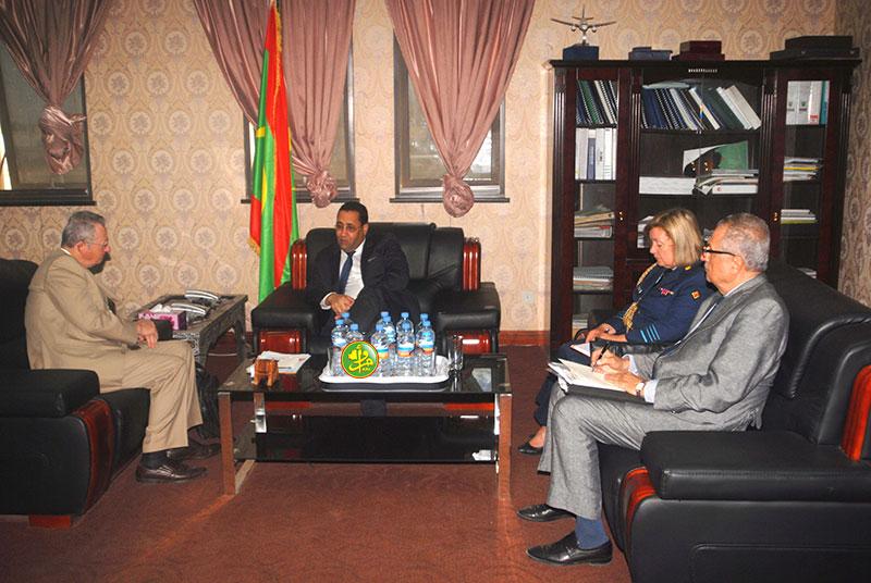 Le ministre de l'économie et des finances reçoit l'ambassadeur belge