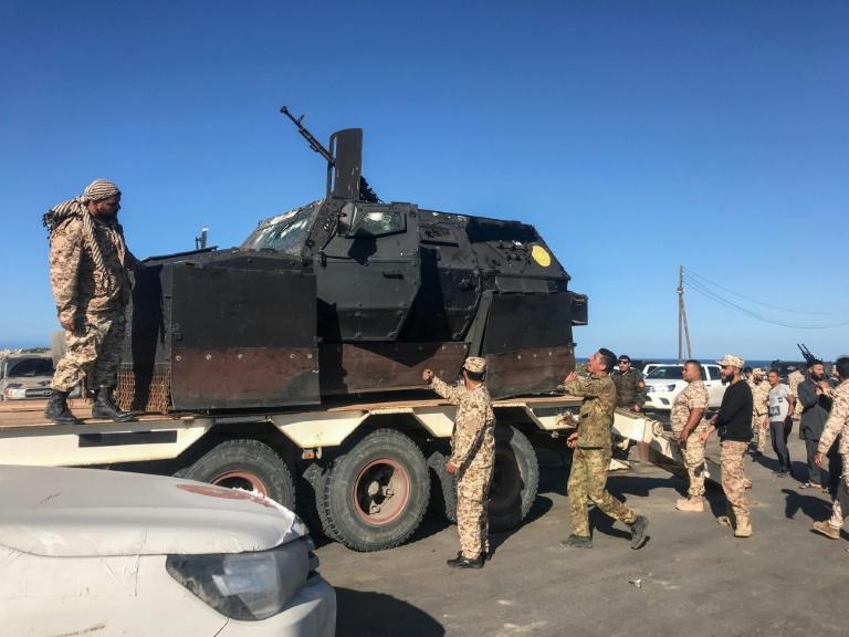 Libye: violents combats près de Tripoli, appel de l'ONU à une trêve ignoré