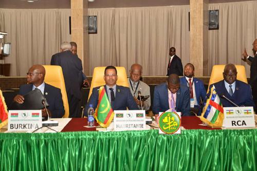 Le ministre secrétaire général de la Présidence devant le sommet du Sahara et du Sahel : la stratégie mauritanienne de lutte contre le terrorisme a protégé la sécurité nationale et garanti le développement du pays