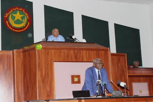 Plénière consacrée à une question orale adressé au ministre de l'enseignement supérieur