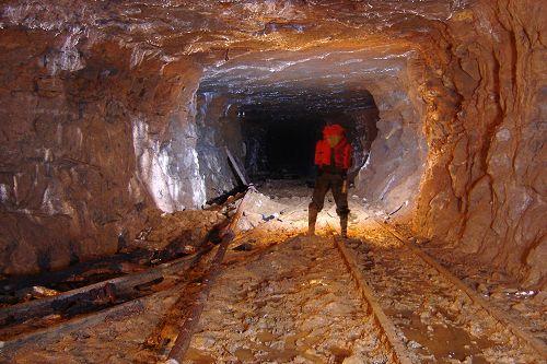 Vente de la mine de F'Derick : Bradage à tout va