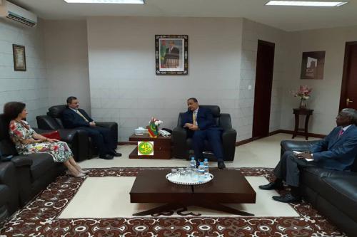 Le ministre des affaires étrangères reçoit le représentant résident du haut commissariat des Nations Unies pour les réfugiés