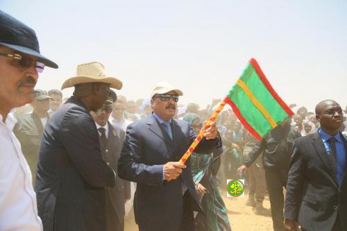 Le Président de la République pose la première pierre pour la réhabilitation de l'affluent de Koundi