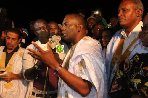 Le candidat Biram Dah Abeid préside un meeting électoral à Nouadhibou