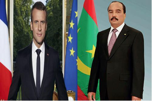 Le Président de la République félicite le Président français