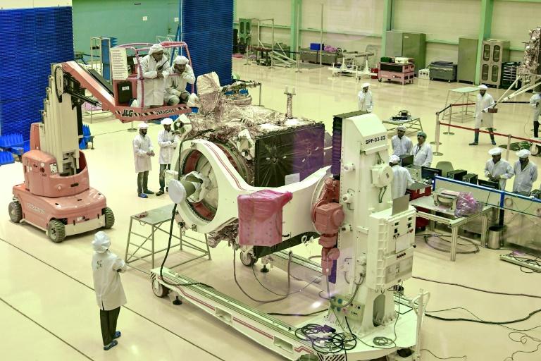 À la dernière minute, l'Inde reporte le lancement de sa mission lunaire