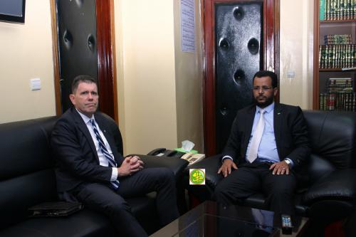 Le ministre des Affaires islamiques s'entretient avec l'ambassadeur américain