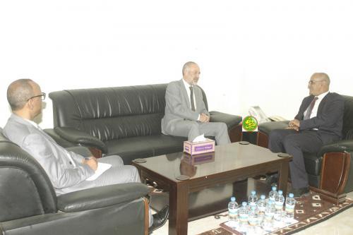 Le ministre des pêches s'entretient avec l'ambassadeur Britannique en Mauritanie