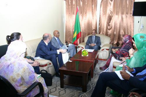 Le ministre de l'enseignement secondaire reçoit une mission de l'Agence Française de Développement