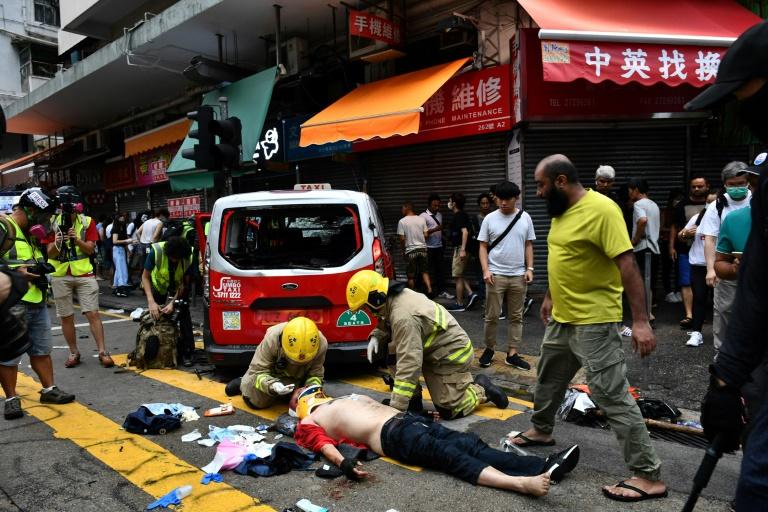 Hong Kong : nouvelles violences alors que les manifestants bravent encore la loi anti-masque