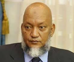 "Ould Mohamed Khouna s'adressant au leader nasseriste Khalil Ould Teyib "" vous jouez avec le feu """
