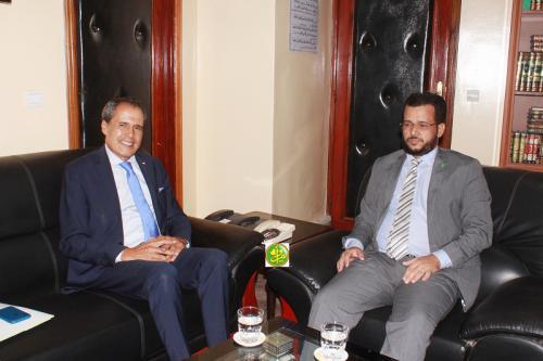 Le ministre des Affaires islamiques s'entretient avec l'ambassadeur du Maroc