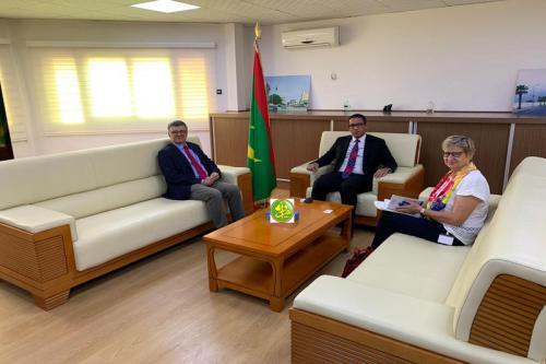 Le Ministre du Pétrole et de l'Energie a reçu l'Ambassadeur Chef de la Mission de l'Union Européenne.