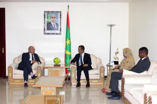 M. Michel Sapin: J'aime la Mauritanie et je souhaite que ce pays puisse réussir démocratiquement, économiquement et socialement