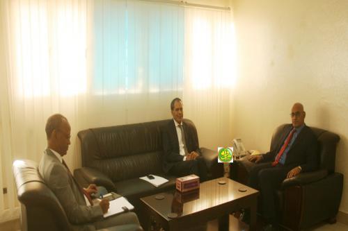 Le Ministre de la pêche et de l'économie maritime s'entretient avec l'Ambassadeur du Maroc