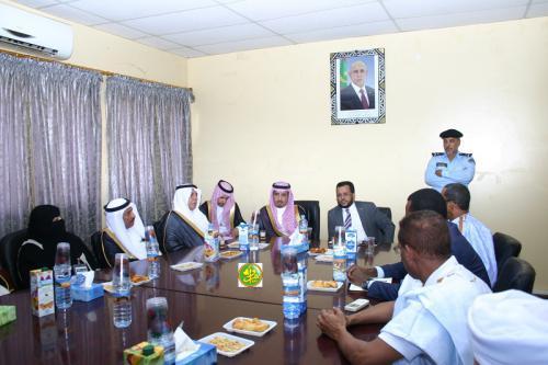 Le ministre des Affaires islamiques s'entretient avec une délégation du conseil consultatif saoudien