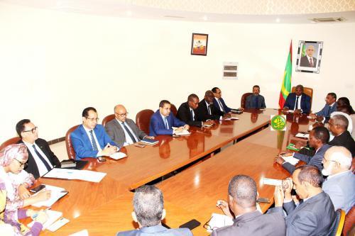 Le secrétaire général du gouvernement rencontre les secrétaires généraux des ministères
