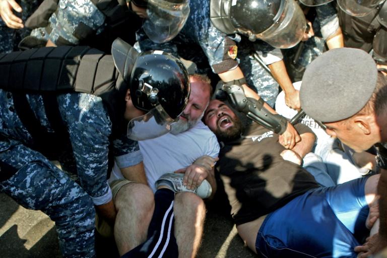 Liban: 3e semaine de mobilisation et impasse politique