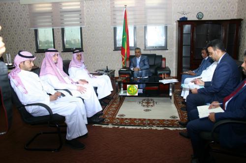 Le ministre de l'Économie s'entretient avec une mission du fonds saoudien de développement