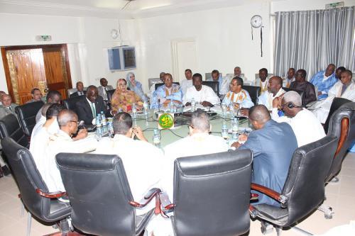 La commission des finances de l'assemblée nationale examine le budget du ministère de l'intérieur