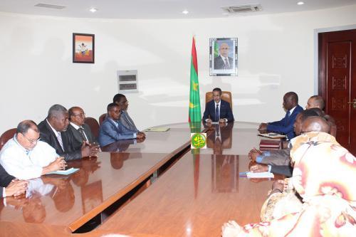 Le Premier ministre reçoit le bureau de l'union des associations des parents d'élèves et d'étudiants