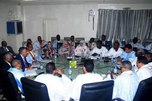La commission financière de l'Assemblée nationale examine le budget du ministère de l'Économie et de l'Industrie