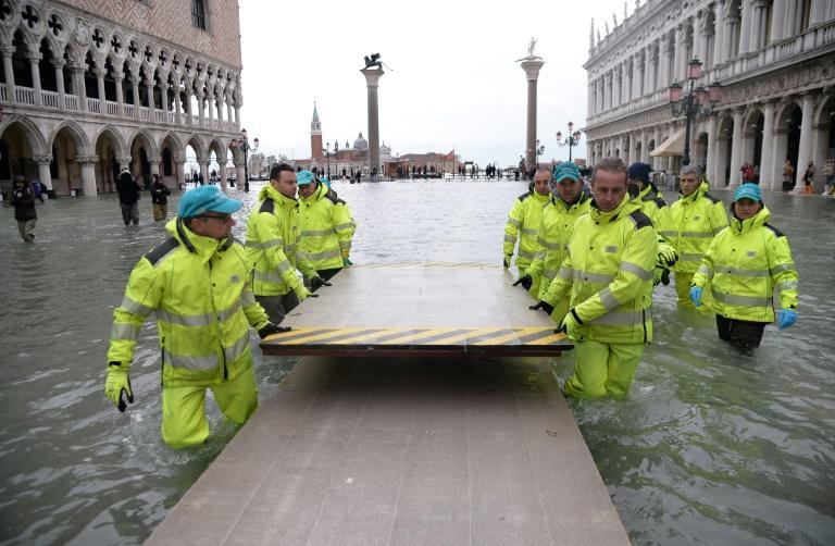Italie: léger répit pour Venise sous les eaux, Florence et Pise en alerte