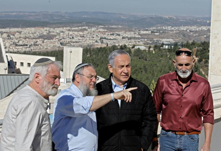 Colonies: Israël jubile, les Palestiniens amers après la décision de Washington