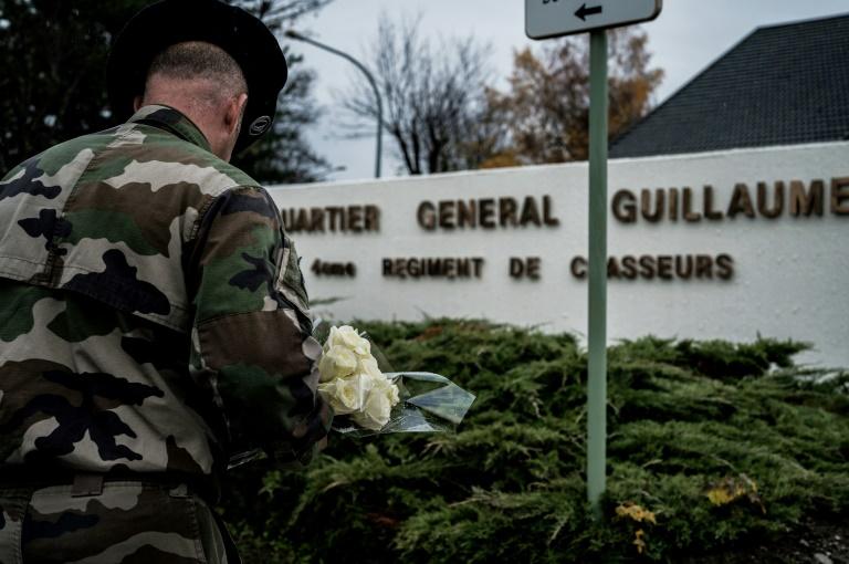 Collision des deux hélicoptères au Mali: pas d'action jihadiste, dit le chef d'état-major